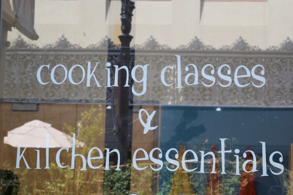Hipcooks Cooking Classes & Kitchen Essentials
