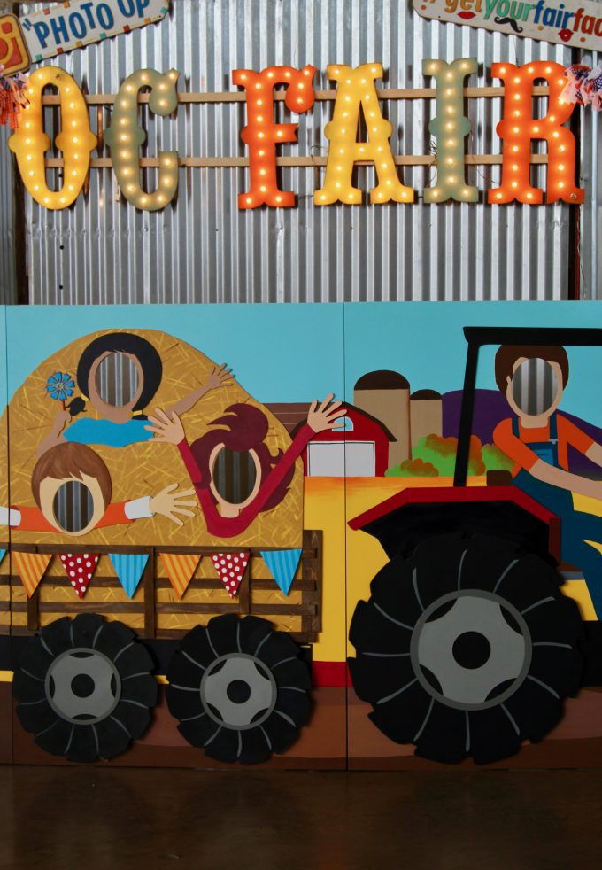 OC FAIR 2017 | Judging Cakes and Cupcakes OC Fair tractor display